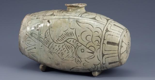 Exposição 600 anos da cerâmica coreana