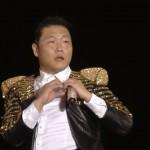 Psy faz coração