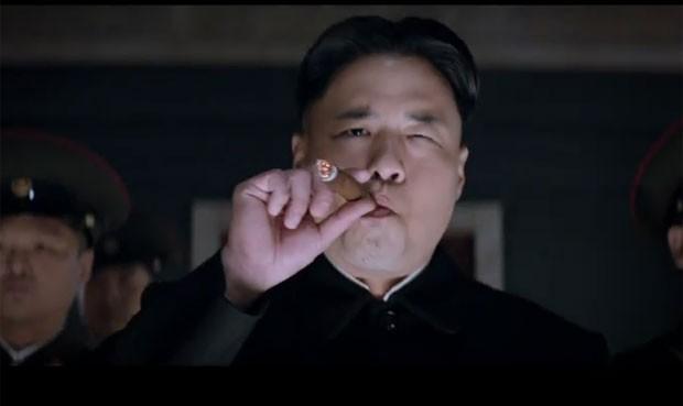 Reprodução: globo.com (Reprodução/YouTube/Sony Pictures Entertainment ) - O ator Randall Park interpreta o ditador norte-coreano Kim Jong-Um